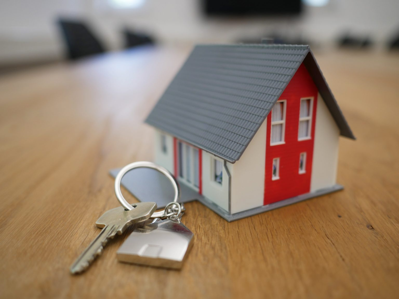 Home Buyers: How Large Should Your Down Payment Be?
